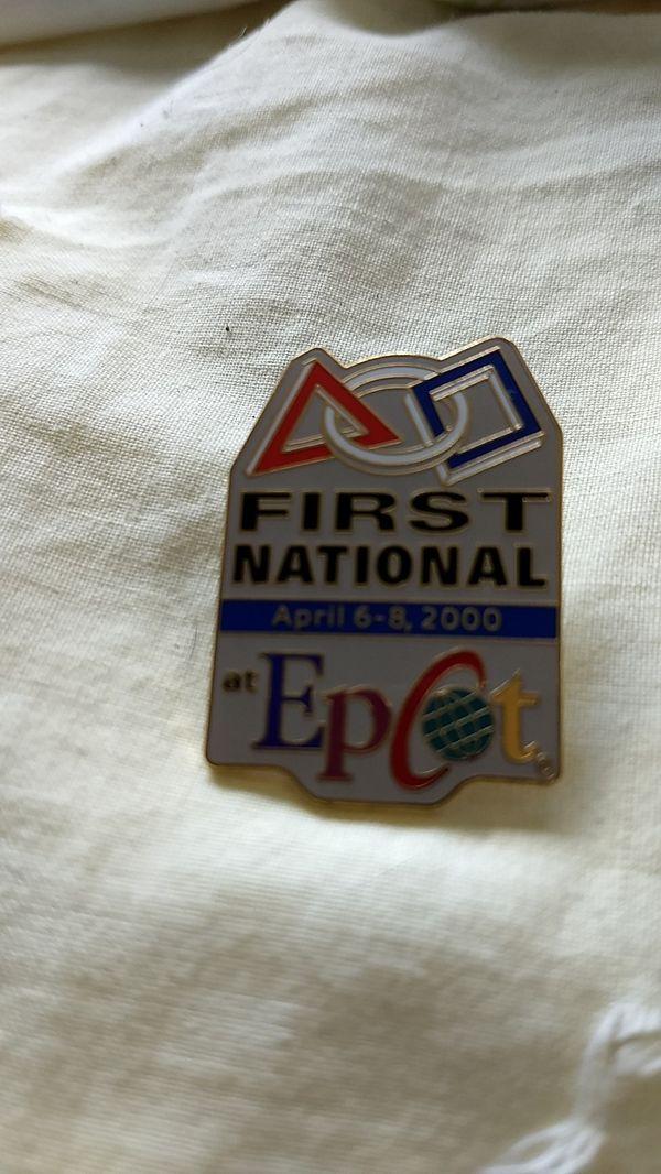 Disney pin (Epcot)
