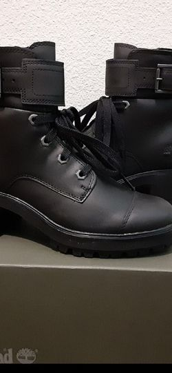 Timberland Multiple Sizes Women's 8 + 8.5 for Sale in Rialto,  CA