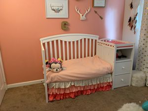Crib/ toddler bed for Sale in Riverside, CA