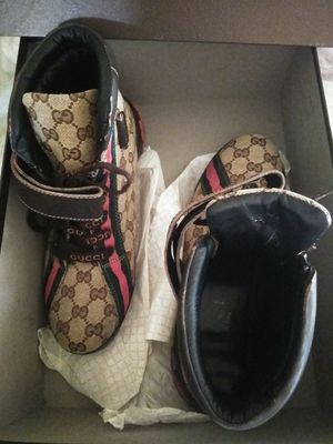 Gucci Sneakers for Sale in The Bronx, NY
