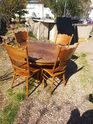 Solid wood 4 chair table for Sale in Las Vegas, NV