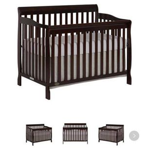 Baby crib in excellent condition for Sale in Nashville, TN
