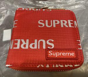 Supreme wallet for Sale in Albuquerque, NM