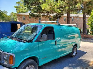 02 chevy Express 2500 for Sale in Riverdale, GA