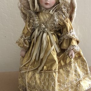 "Porcelain Doll 16"" for Sale in Waddell, AZ"