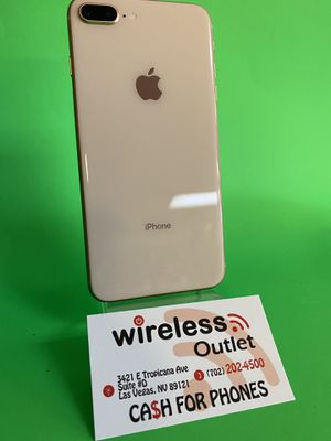 • Rose Gold IPhone 8 Plus 64GB Factory Unlocked • Financing Available •. for Sale in Las Vegas, NV