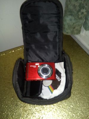 Brand new Polaroid camera for Sale in Cranston, RI