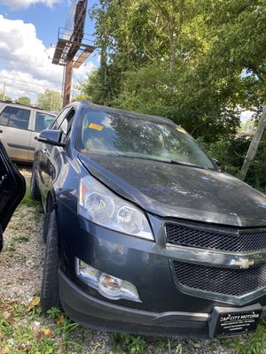 Parts for 2009 chevy traverse lt for Sale in Obetz, OH