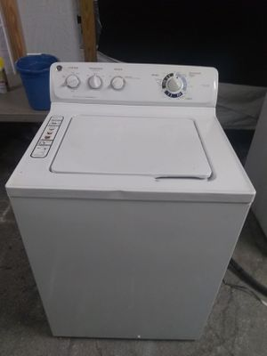 Washer working perfect condition and two mount warranty$200 for Sale in Boca Raton, FL