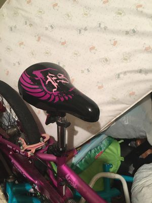 Bicycle for Sale in Watauga, TX