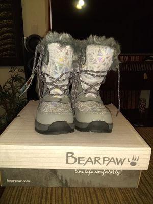 Bearpaw snow boots for kids for Sale in Fresno, CA