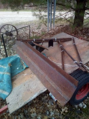 Black blade for a tractor for Sale in Wellston, MI