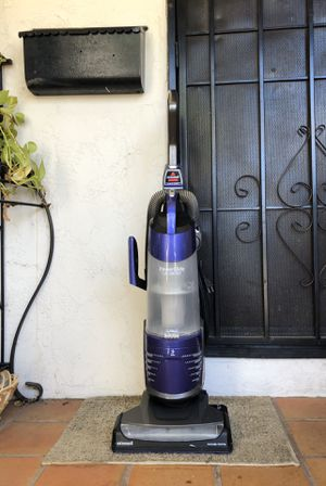 """Bissell Power Glide """"Lift-Off Pet"""" Vacuum Cleaner for Sale in El Cajon, CA"""