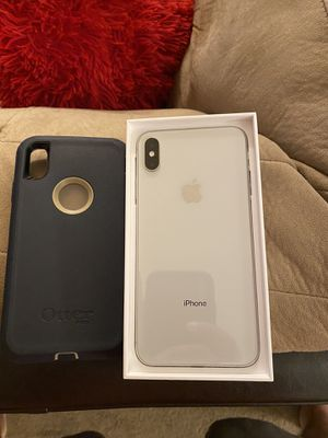 Apple X s Max 64 GB with Otter Box for Sale in Virginia Beach, VA
