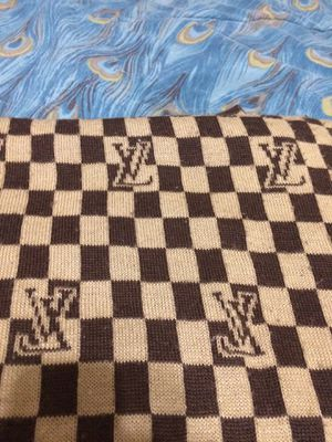 Og Louis Vuitton Scarf for Sale in Fresno, CA