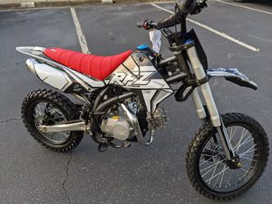 125cc Apollo RFZ X18 Dirt Bike for Sale in Woodstock, GA