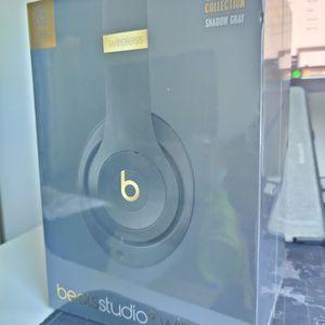 Beats Studio3 Wireless for Sale in Garden Grove, CA
