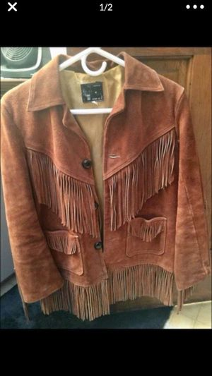 Woman's Size Medium Brown Fringe Jacket. Very Heavy and Warm. Good Condition. Two pictures. $27 East Dundee for Sale in West Dundee, IL