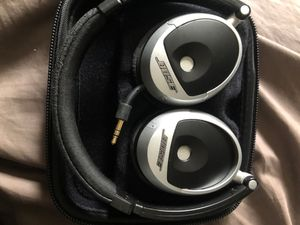 Bose headphones for Sale in Rancho Cucamonga, CA