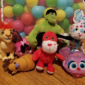 Stuffed Animal Lot for Sale in Florissant, MO