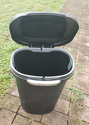 Rubbermaid 13-Gallon Premium Touch Top Waste Bin, Black for Sale in Carol City, FL