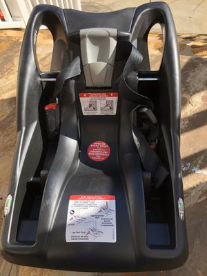 BRITAX B-Safe Car Seat Base for Sale in Apex, NC