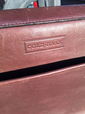 Cole Haan messenger leather bag used for Sale in Mooresville, NC