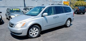 2007 Hyundai Entourage Mini Van for Sale in Tampa, FL