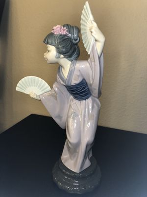 Lladro #4991 Japanese with Fans for Sale in San Diego, CA