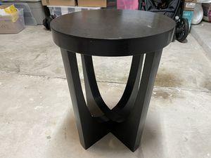 End table (Black) for Sale in Boynton Beach, FL