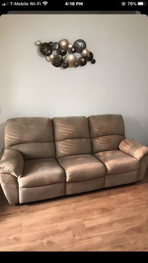 Recliner couch sofa and love seat for Sale in Escondido, CA