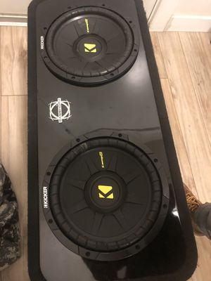 "2 10"" Kicker Comp D subs in enclosure for Sale in Seattle, WA"