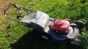 Honda HRX217 Self propelled lawn mower for Sale in Snohomish, WA