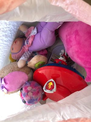 Free dolly's, stuffed animals, toys for Sale in Murrieta, CA
