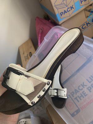 Women's Burberry sandals for Sale in Yorba Linda, CA