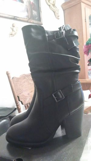 Maurice Black Leather Size 10M Heeled Boots for Sale in Madera, CA
