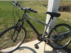 (Road Master) Mountain Bike for Sale in Smyrna, TN