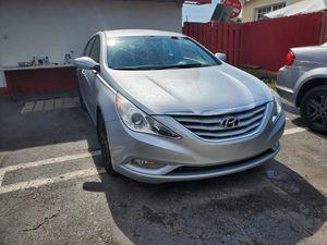 Hyundai Sonata 2013 for Sale in Hialeah, FL