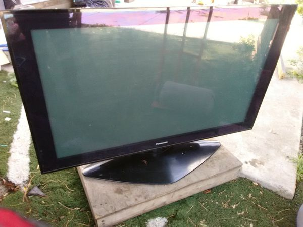 Panasonic 50 plasma display TV (HUGE COM. MONITOR)
