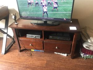 TV Stand and Side table for Sale in Austin, TX