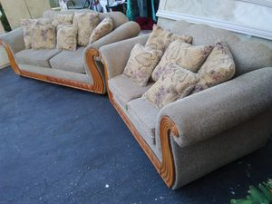 Couch and Love Seat Set for Sale in Severn, MD