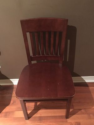 Chair for Sale in Tupelo, MS
