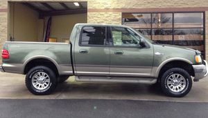 Ford F150 King Ranch 2OO2 for Sale in St. Louis, MO