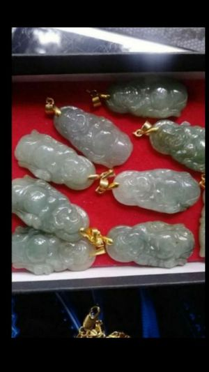 "1 piece Genuine multicolors Burma green jade jadeist pendant gold plated 18"" 2mm for Sale in Richmond, CA"