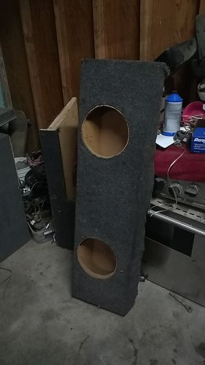 Box for 2 10s $60 for Sale in Dinuba, CA