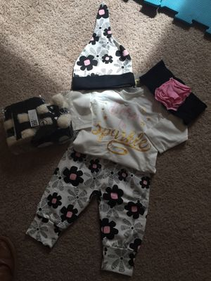 5 pc for girl for Sale in Conyers, GA