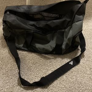 Adidas Duffle Bag (pickup only) for Sale in Beaverton, OR