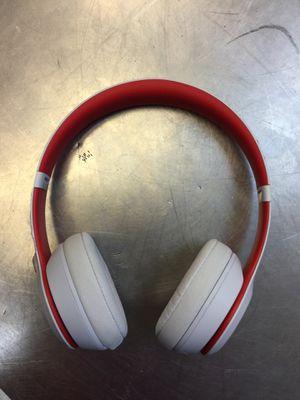 beat solo 3 wireless for Sale in Weslaco, TX
