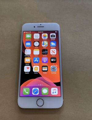 iPhone 8 64gb gold only for (SPRINT OR BOOST MOBILE) not unlocked so don't ask.(MINT CONDITION) for Sale in Downers Grove, IL