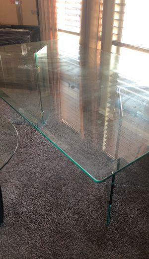 Glass table for Sale in Fort McDowell, AZ